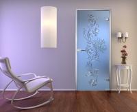 Стеклянная дверь Орхидея в интерьере